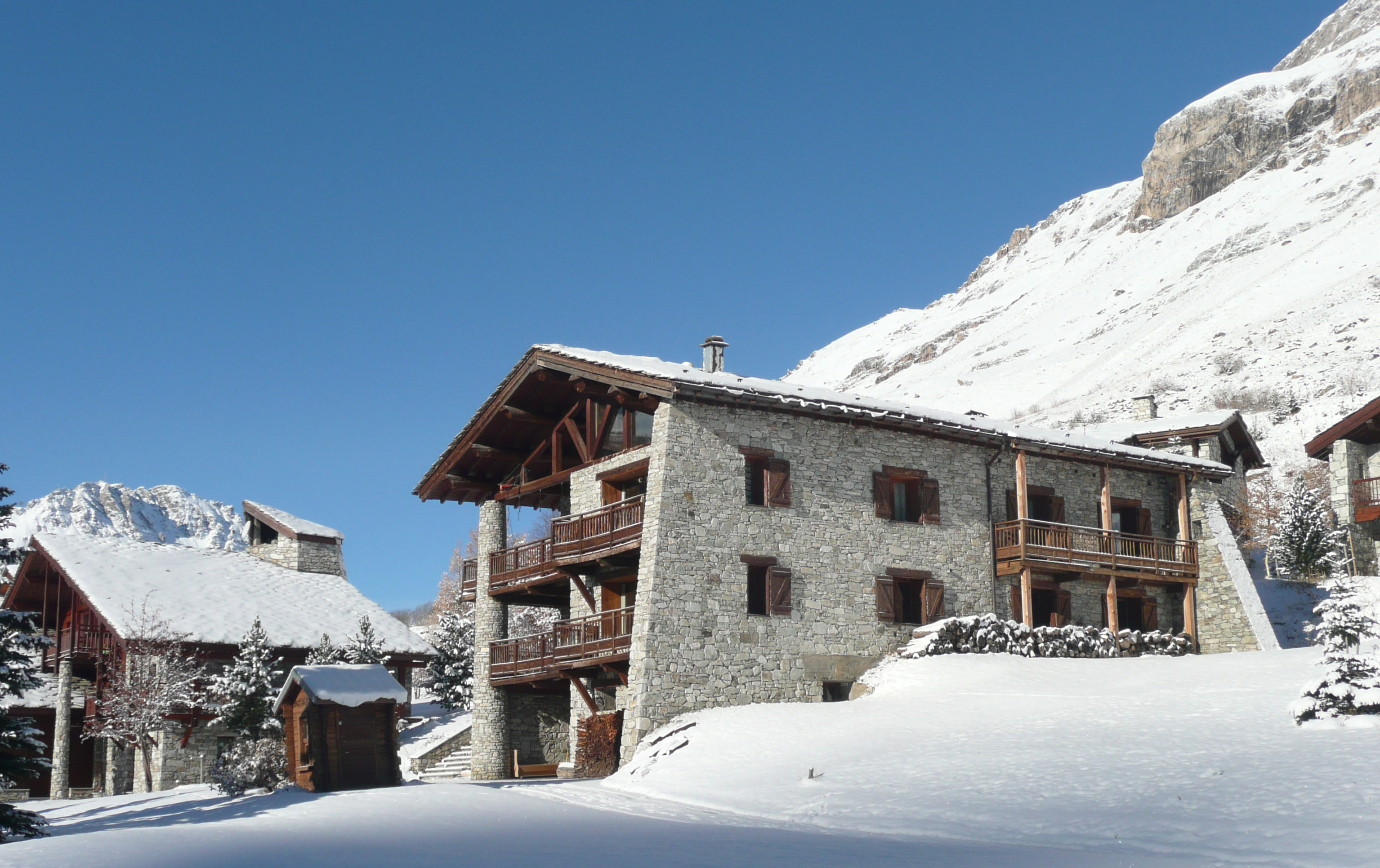 catered chalet val d is 232 re tignes ski chalet grand pares catered skichalets
